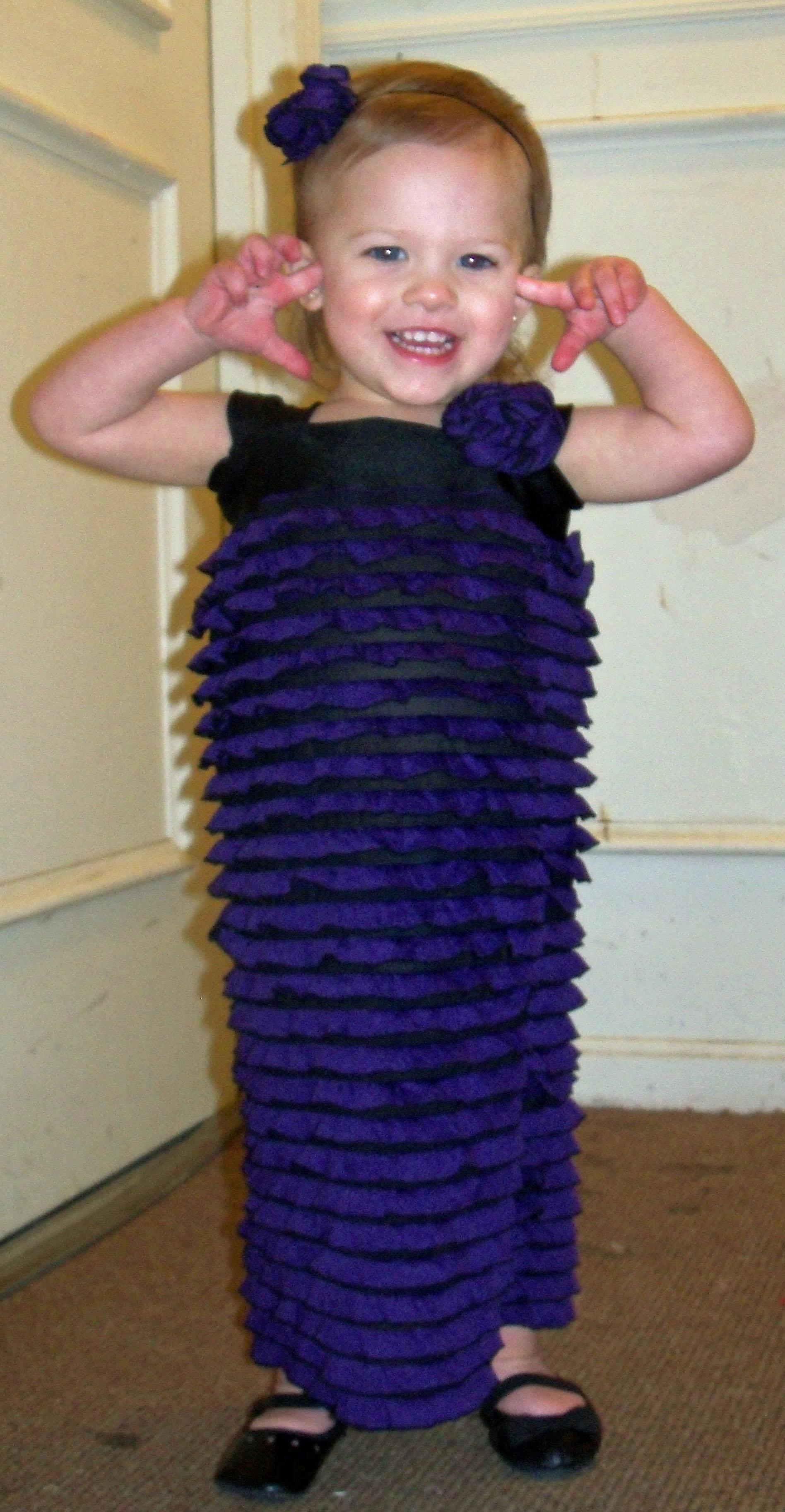 Black Derby Dress Shoes With Color Laces